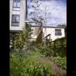 自然の雰囲気を大事にするパーゴラの庭