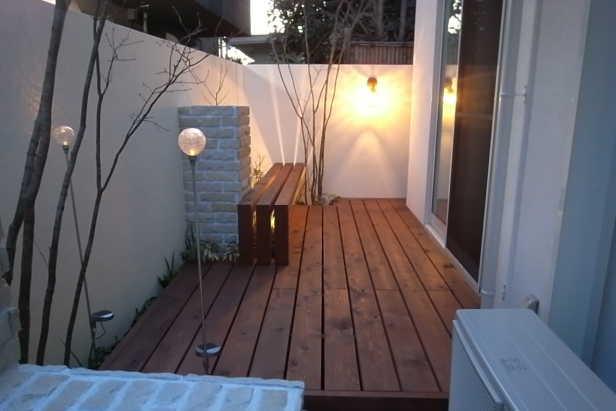 光を楽しむ庭